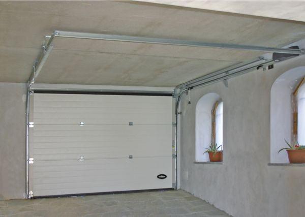 Porte sezionali da garage nordest automazioni srl - Porta garage scorrevole ...